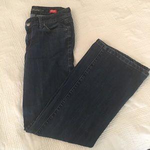 Level 99 jeans low-rise  size 27 Newport wide leg